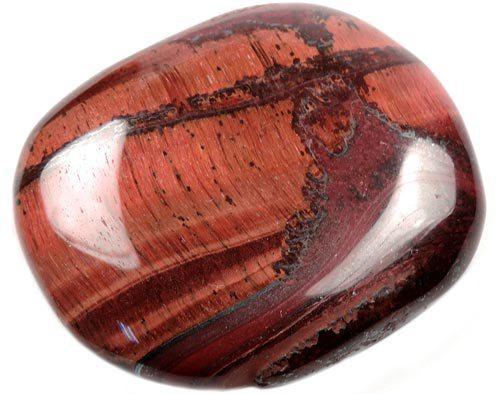 Камень Бычий глаз: магические свойства, кому подходит по знаку зодиака (Фото)