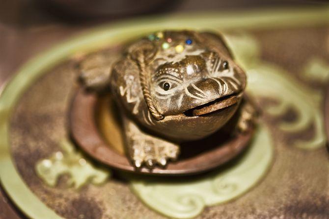 жаба для денег по фен шую