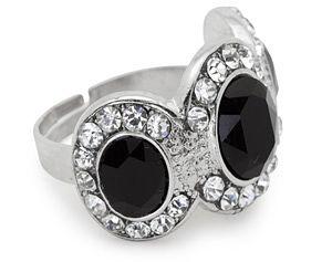 Серебряное кольцо с гагатом