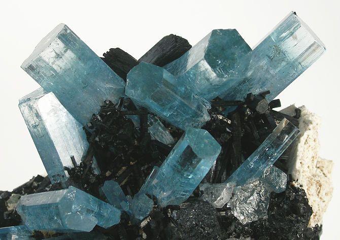 Синие бериллы