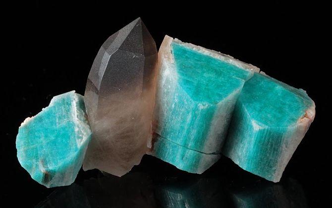 Поделочный камень амазонит