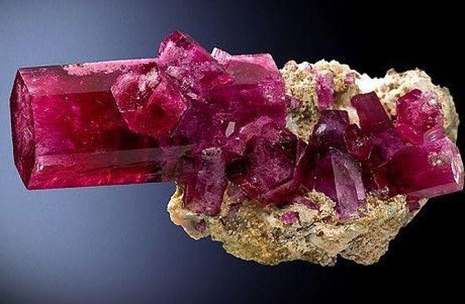 Розовый берилл