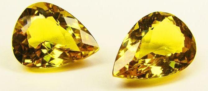 Камни золотого цвета