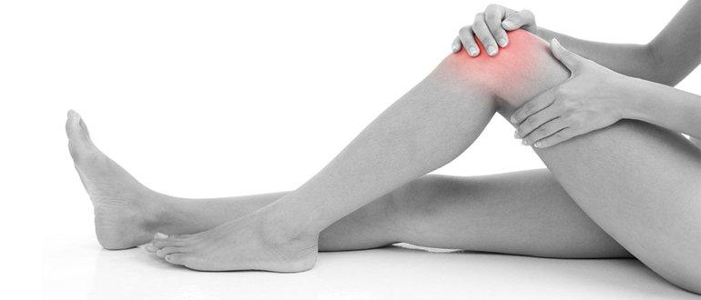 К чему чешется левая правая ступня или нога у девушки парня примета что это значит