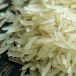рассыпанный рис